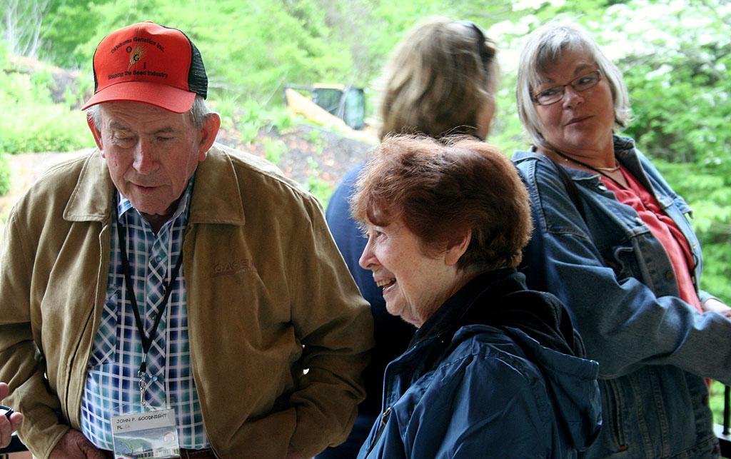 Bentonville Meet Event Report People